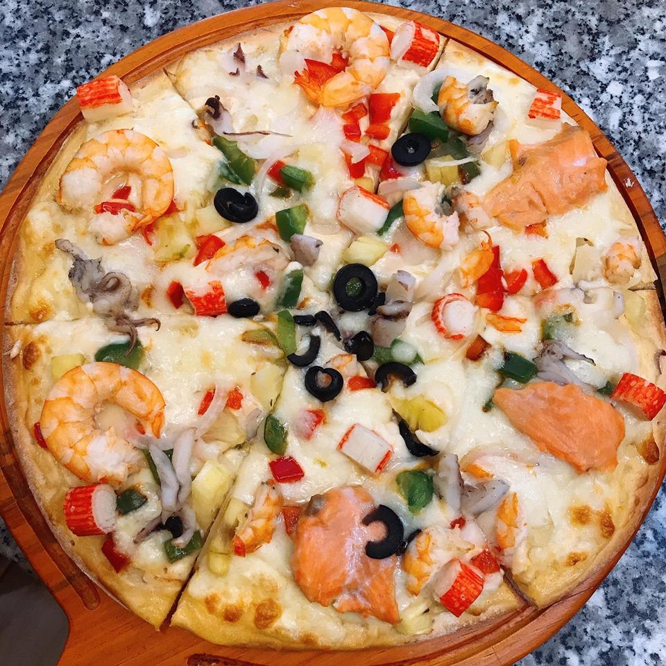 Tìm thấy quán pizza xinh xắn giữa lòng Đà Lạt